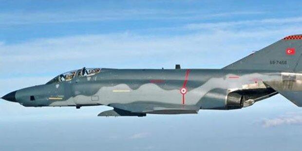 Zwei Kampfjets abgestürzt: 4 Tote