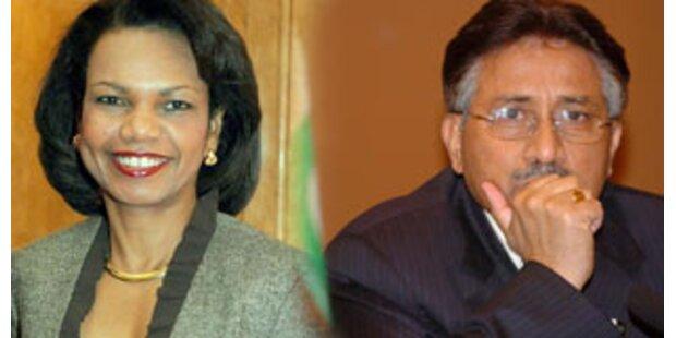 USA stärken Musharraf demonstrativ den Rücken