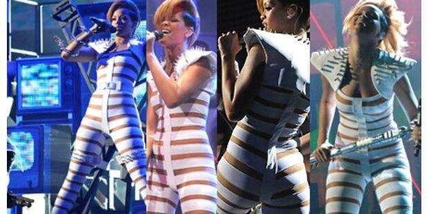 Bilder: So nackt performte sexy Rihanna!