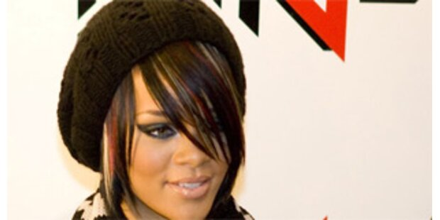 Rihanna sang im