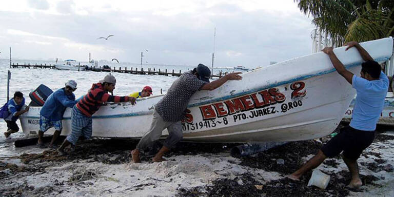 "Mexiko bereitet sich auf Hurrikan ""Rina"" vor"