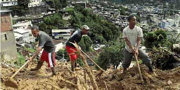 Erdrutsche in Rio treffen die Armen