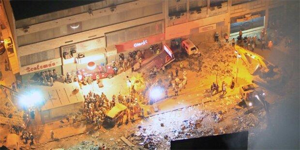 Drei Häuser in Rio eingestürzt