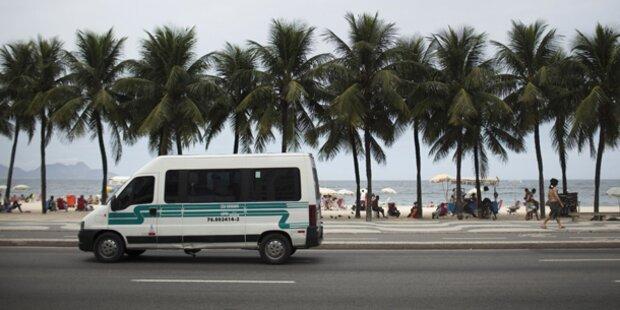 Rio: Deutsche Touristen in Bus überfallen