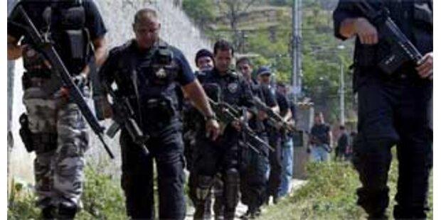 Zwölf Tote bei Polizei-Jagd auf Drogendealer