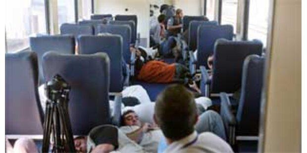 Drogenhändler beschießen Zug mit Ministern in Rio