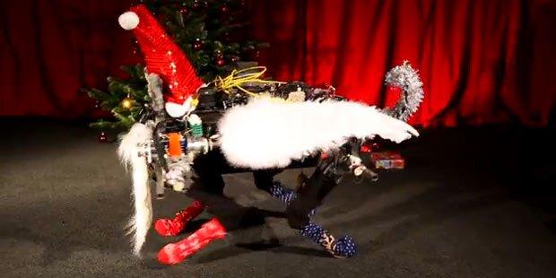 Roboter begeistern mit Weihnachtstanz