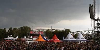 Rock in Vienna nach Unterbrechung fortgesetzt