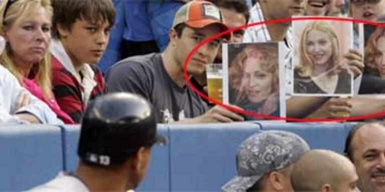 Baseball-Fans veralbern Madonnas Lover