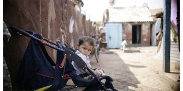 Roma leben in bleiverseuchten Lagern