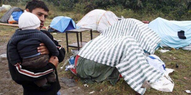 Roma-Familien auf Felder vertrieben