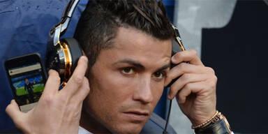 Ronaldo schaut Ronaldo-Video