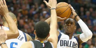 Dallas besiegte bei Rondo-Debüt Spurs