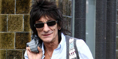 ronnie_wood_teaser_pps