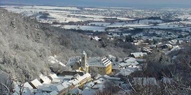 Dorf im Burgenland von Außenwelt abgeschnitten