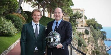 Rosberg schenkte Fürst Albert Helm
