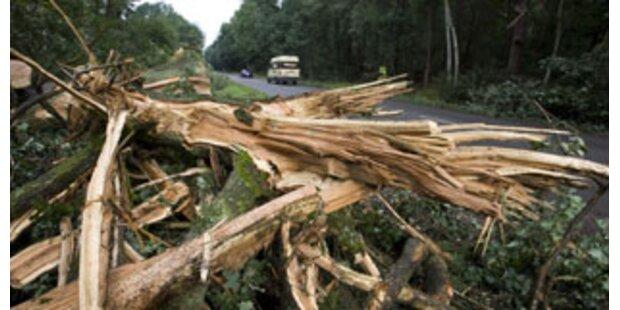 Schäden nach Unwettern in Tirol