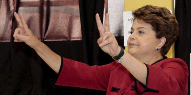 Rousseff wird erste Präsidentin Brasiliens