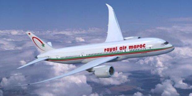 Notlandung: Flieger rast in Vogelschwarm
