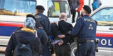 Rufmord: Ein Polizist schlägt zurück