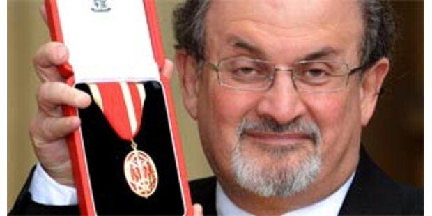 Rushdie von der Queen zum Ritter geschlagen