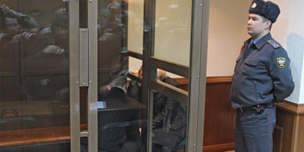 Russland: Student köpft Uni-Sekretärin
