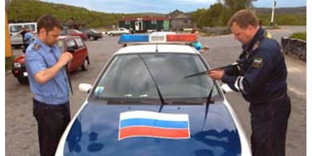 Russe aß den Pass seiner Ex-Frau
