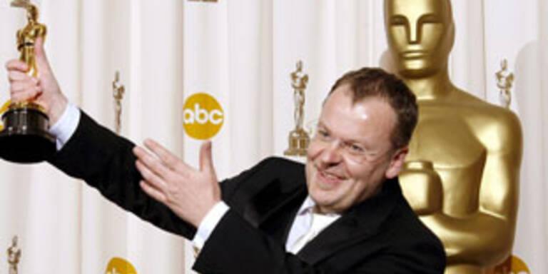 Stefan Ruzowitzky's Sternstunde als Regisseur, die begehrte Statue in der Hand haltend.