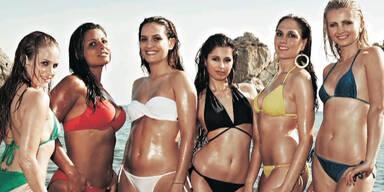 Ryanair Cabin Crew zieht für Kalender blank