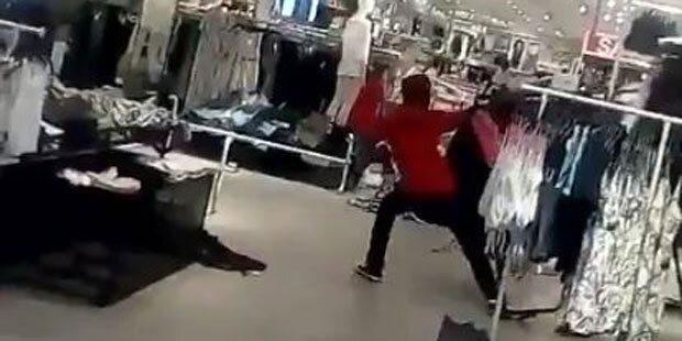 Nach Rassismus-Eklat: H&M geplündert