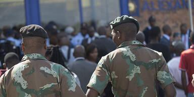 Südafrika schickt Armee in Armenviertel
