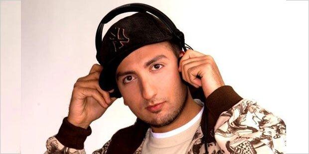 DJ Mosaken gibt am Lake Gas