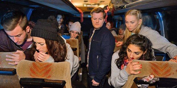 AWZ: Horror-Unfall: 18 Darsteller sterben