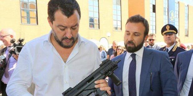 Schieder: Salvini droht mit bewaffnetem Umsturz