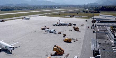 Pistensanierung am Salzburger Flughafen