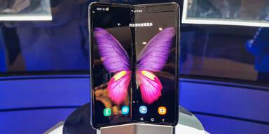Samsung bringt Falt-Handy zum Kampfpreis
