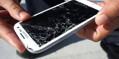 Härtetests: Galaxy S3 gegen iPhone 4S