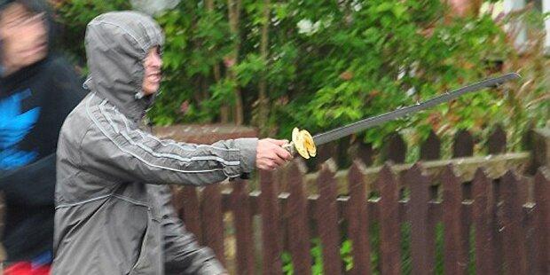 Mann lief mit Samurai Schwert Amok