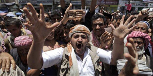 Freitags-Massendemos im Jemen