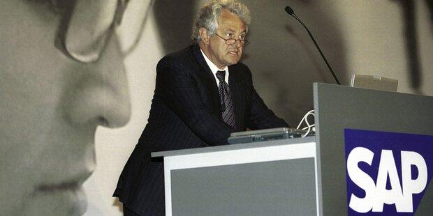 SAP-Gründer holt sich 367 Millionen Euro