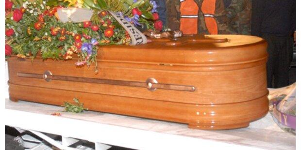 Totgeglaubte wacht in Leichengewand  Peru auf