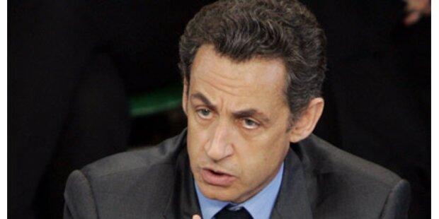 Streiks und Massendemos gegen Sarkozy