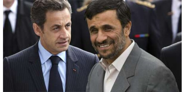Sarkozy wirft Ahmadinejad