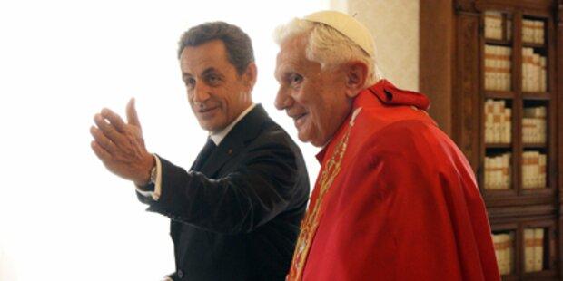 Sarkozy lässt Papst 15 Minuten warten