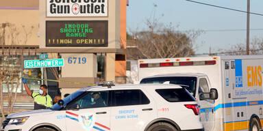 Drei Tote nach Schüssen in Waffen-Outlet in den USA