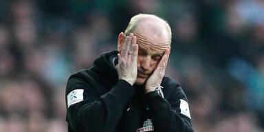 Schaaf bleibt Werder-Trainer