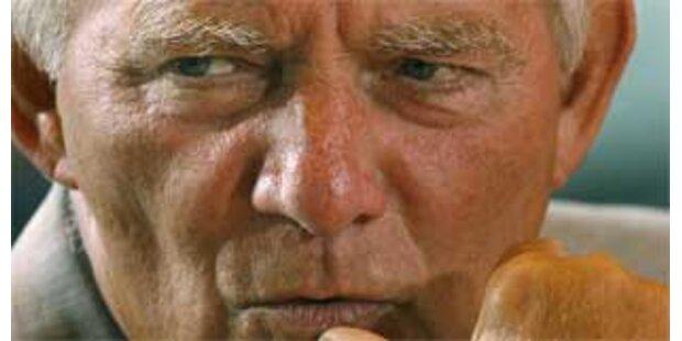 Schäuble stoppt Lockerung des Waffengesetzes