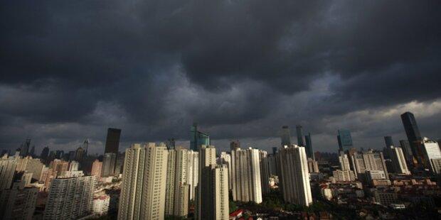 200.000 Einwohner in Shanghai in Gefahr