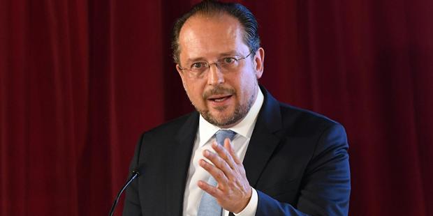 Außenminister Schallenberg stellt sich hinter Grönemeyer