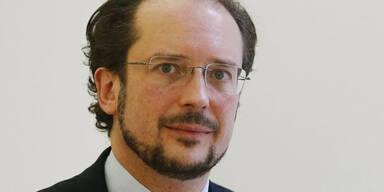 EU-Kommissar: Minister muss Lösung mit Parteien finden